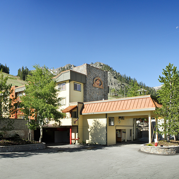 Red Wolf Lodge at Squaw Valley, Grand Pacific Resorts