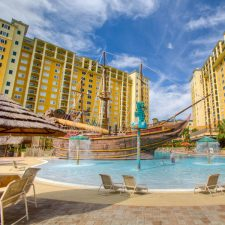 staySky® Vacation Club's Lake Buena Vista Pool Gets Noticed by USA TODAY as One of Orlando's Most Beautiful