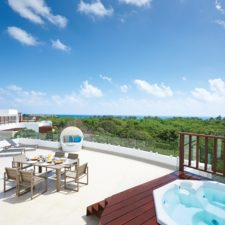 Preferred Residences Adds Luxurious Beachfront Resort in Playa Del Carmen, MX