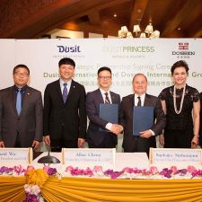 Dusit International forms strategic partnership with Dossen International Group in China