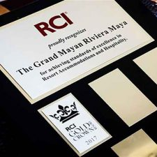 RCI Recognizes Grupo Vidanta With Gold Crown Distinction