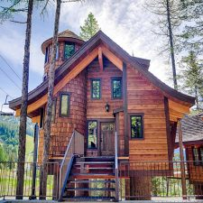 Vacation Ideas: World's First Ski-in/Ski-out Treehouses Open This June