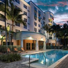 $1.6 Million Renovation Revolutionizes Rooms at Courtyard Fort Lauderdale Airport & Cruise Port as New GM Arrives