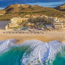 Pueblo Bonito Celebrates its 30th Anniversary