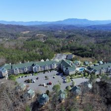 Diamond Resorts Completes Acquisition of Amber Vacation Club