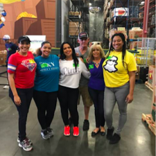 staySky® Vacation Clubs Employees Take Time to Volunteer with Second Harvest Food Bank of Central Florida